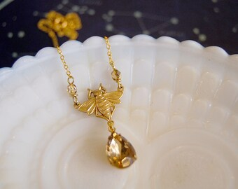 honey bee vintage necklace- topaz style stone- gold plated