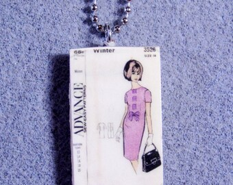 Retro Kitsch Sewing Pattern Dress 1960s Polymer Clay Necklace 3526