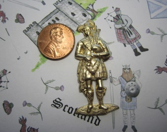 Scottish Piper Irish Piper in Full Dress Brass Stamping on Etsy x 1