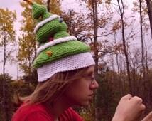 A Rather Festive Tree (crochet hat PATTERN)