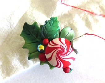 Peppermint Candy and Holly Berries, Christmas Needle Minder, Holiday Season Needle Nanny