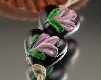 Floral Heart Pair - Prima Donna Beads