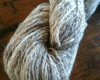 Handspun Icelandic lambs wool, 2ply worsted weight yarn, natural colour