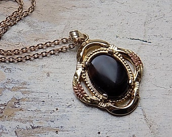 FREE SHIPPING Vintage Tigers Eye Pendant in Goldtone Setting