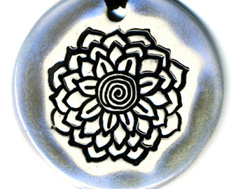 White Radiating Flower Ceramic Necklace in Pale Blue Green