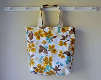Roll Up Shopping Bag - Dogwood Bloom in Harvest