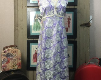 1960s cocktail gown 60s hostess gown size medium Vintage maxi dress metallic silver and lavender