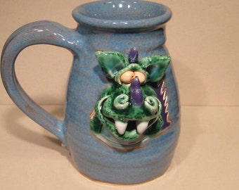 Happy Dragon Mug ........  COOL ...                         e870