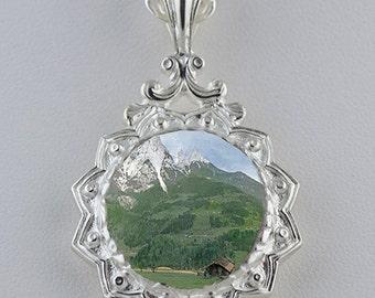 Star Burst Silver Pendant