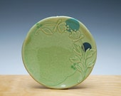 Small Spring Green plate w. Floral & Polka dot, Serving / dessert plate