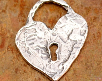 Heart Lock with Key Hole in Sterling Silver 163s