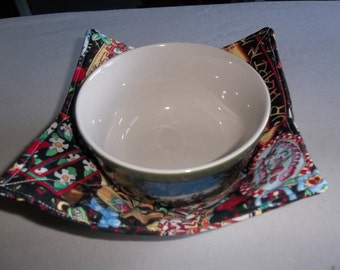 Mary Engelbreit, Microwave, Bowl Cozy, Reversible, Quilted Bowl, Potholders, All Cotton Fabric, and Thread, Handmade, Gift