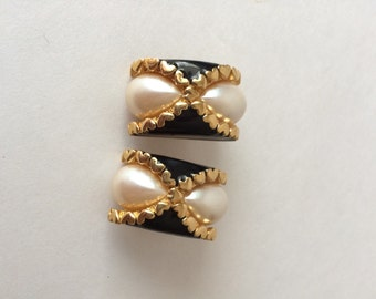 St John Designer Vintage Clip On Earring Pearl and Black Enamel with Hearts
