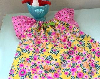 Sweet bebe shift dress or tunic style top