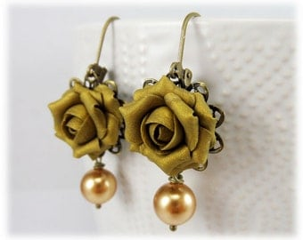Vintage Green Rose Pearl Earrings - Vintage Rose Pearl Jewelry