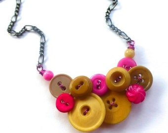 ON SALE Tan and Hot Pink Button Necklace