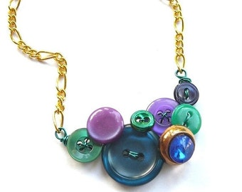 ON SALE Cool Little Jewel Fashion Vintage Button Necklace with Purple, Blue, and Kelly Green