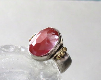 Two Tone Ring, Silver Gold Ring, Engagement Silver Ring, Cherry Quartz Ring, Statement Ring, Pink Ring Silver, Trendy rings silver gold