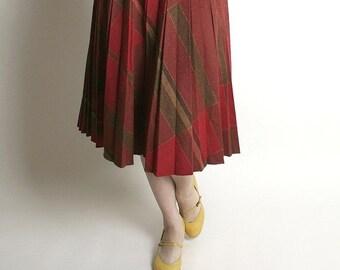 ON SALE Vintage Wool Skirt - Studious School Girl Brick Red Plaid Wool Skirt - 24 to 26 inch waist Preppy Style