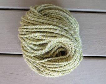 Merino and Alpaca Yarn, Natural Dyed Yarn with Nettle Leaves, Hand Spun Bulky Yarn 2 ply 7.1 oz