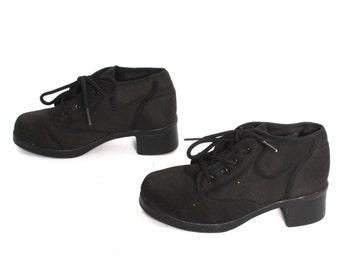 size 7 GRUNGE black canvas 80s 90s VEGAN PLATFORM lace up high heel ankle boots