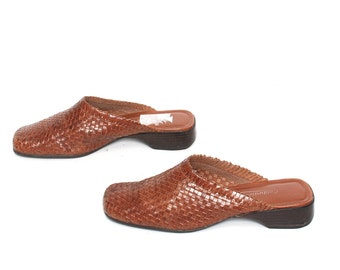 size 6.5 WOVEN brown leather 80s 90s CLOG slip on BOHEMIAN sandals mules