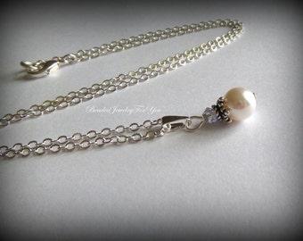Bridesmaid Pearl Necklace: Bridesmaid Jewelry, Pearl Wedding Necklace, Wedding Jewelry, Bridal Party Necklace, Jewellery for Brides, Bride