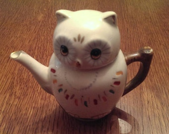Sweet Little Owl Tea Pot