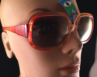 Pair of Vintage New with Tags Orange Cool Ray Polarized Lenses Plastic Sunglasses