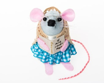 Librarian Mouse - collectable art rat artists mice felt mouse cute soft sculpture toy stuffed plush gift for bookworm Mrs Applecheeks