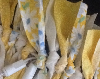 Lighted RAG SWAG ~ spring ~ summer ~ YELLOWS ~ electric lights ~ 9' ~ Beautiful, full swag for windows, arches or mantles