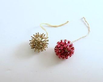 Vintage Christmas Ornaments Sputnik Mid Century Miniature Stars Feather Tree