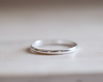 Silver Band. Sterling silver thin band ring. Silver ring, Stacking ring, band ring, Engagement ring, Wedding ring, Wedding band, Mini.