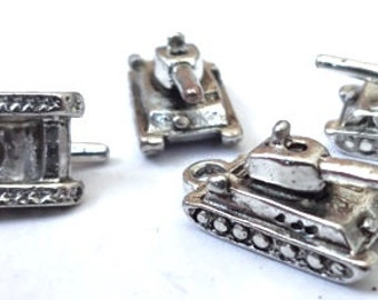 10 Military ARMY (3D) Tank Charms 17x8x7mm ITEM:W19