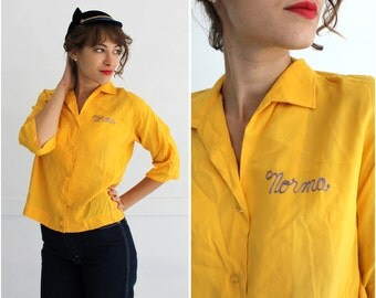 Vintage 1950s Bright Yellow Embroidered Women's Bowling Shirt by Ten Strike by King Louie | Small/Medium