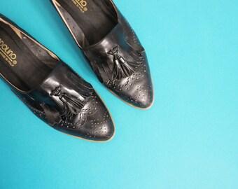 sz 10 | Vintage Black Leather Fringe Tassel Oxford Loafers by Bandolino