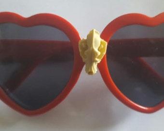 Heart, Heart sunnies, Heart sunglasses, Skull, Faux skull, Skull sunnies, Skull sunglasses, Rockabilly, Pinup, Ready to ship, MsFormaldehyde
