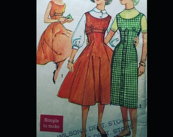 Vintage 50s Empire Waist Scoop Neck Placket Princess Seam Party Sheath Jumper Dress Easy Sewing Pattern 2597 B31
