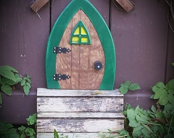 Faerie Doors, Fairy Doors, Gnome doors, Elf Doors, Hobbit Doors 9 inch with leafy green frame that OPENS.