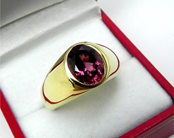 AAAAA Pink Grape Rhodolite Garnet flashes of red 10x8mm 3.49 Carats in  Heavy 18K Yellow gold MAN'S ring 20 grams. 2560
