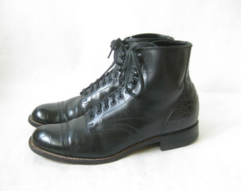 Vintage STACY ADAMS Black Leather Lace Up Boots. Size 7 Men's// 9 1/2 Womens