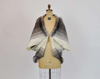 70s Cape / Vintage 1970's Wool Cape Fringe