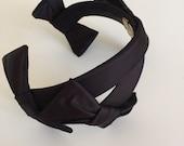 Vintage FASCINATOR Headband • Jodi Black Satin Toque Millinery • Derby Hat Mid Century 1950s Minimal French • Women Accessories Bows Ribbons