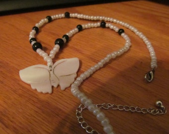 beaded butterfly pendant necklace