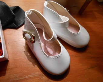 """Shirley Temple White Mary Jane Doll Shoes>> Fit 16-17 Inch 1970's Ideal Doll> 2-1/2"""" x 1-1/4"""""""