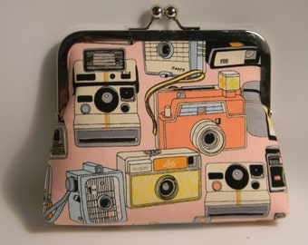 Retro cameras medium Clutch
