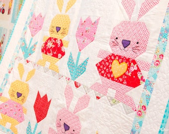 PATTERN BUNNY LOVE Quilt with Tulips by Red Brolly