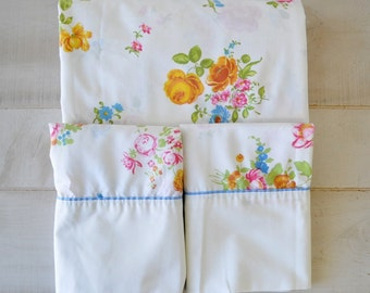 vintage Fieldcrest standard size sheet and two pillow cases - Fine Combed Percale ~ Floral Spring Yellow, Blue, Coral, Pink ~ Retro Bedding