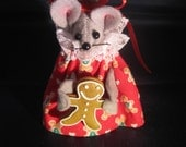 Mouse with Gingerbread