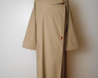 Vintage Marguerite Rubel Raincoat Tan Light weight Sz M/L Minimalist Avant Gard